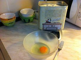 jaje, sol i brašno