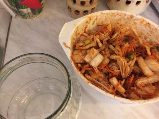 domaci-kimchi_napuniti-staklenku