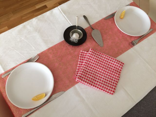 dutch-baby_pripremiti-stol-u-medjuvremenu