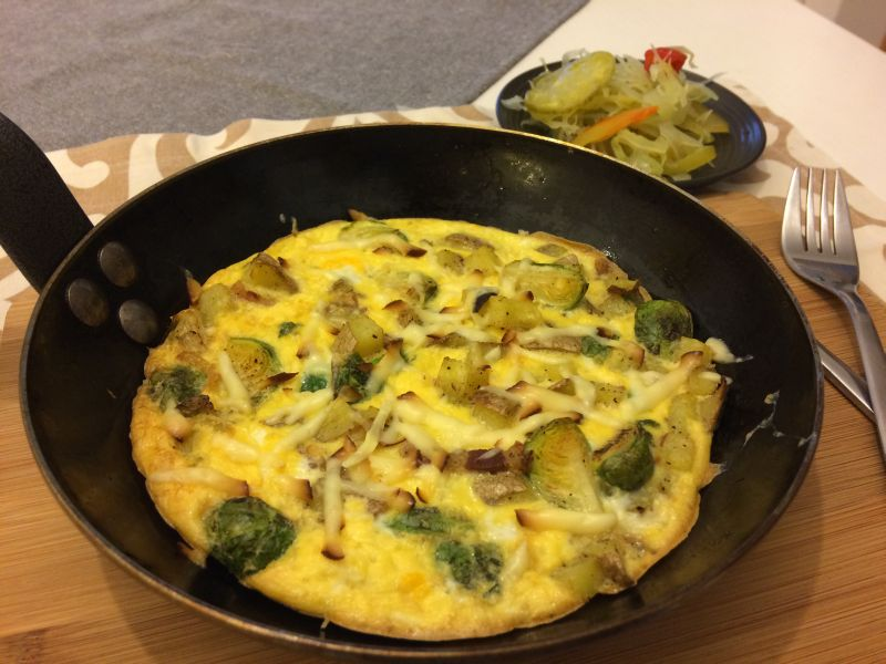 Zapečena jaja s krumpirom, špekom iprokulicom