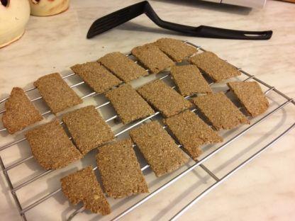 bezglutenski krekeri_pečeni