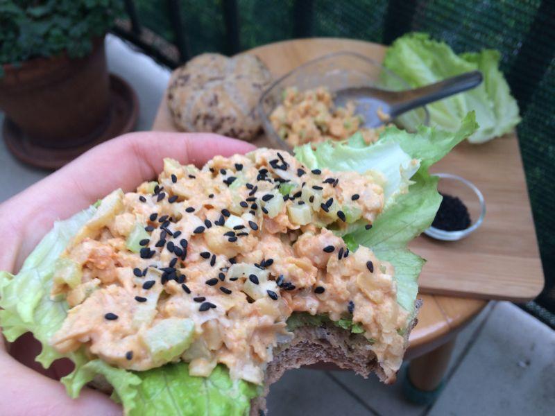 Salata od slanutka_zalogaj
