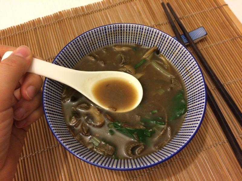 Miso i konoplja_juha