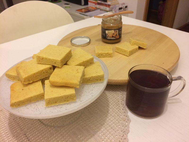 Jednostavni kukuruzni kruh