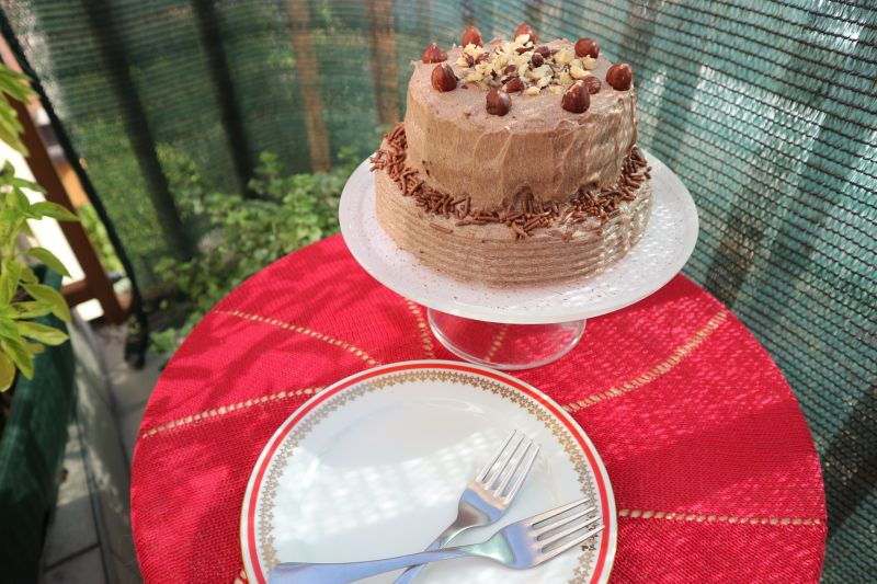 Mala lješnjak torta (izmikrovalne!)