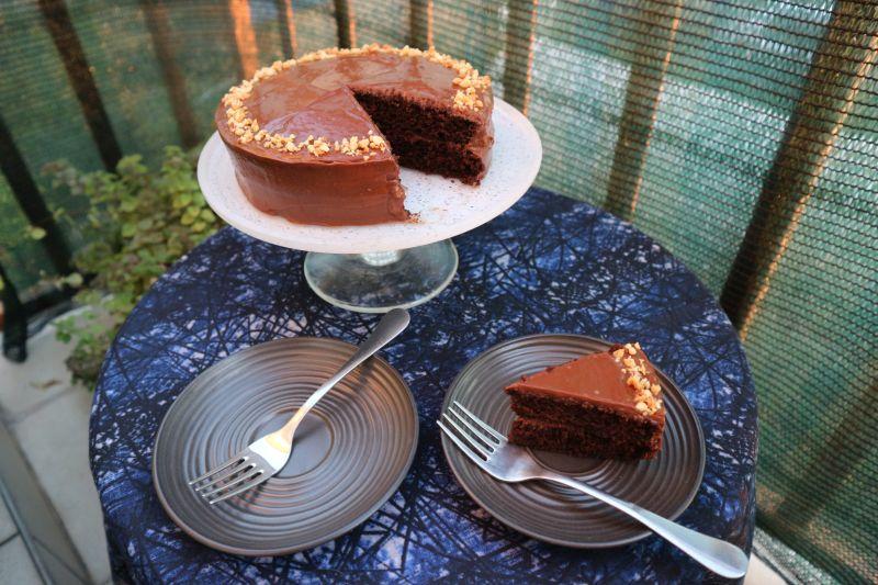 Čokoladna torta skikirikijem