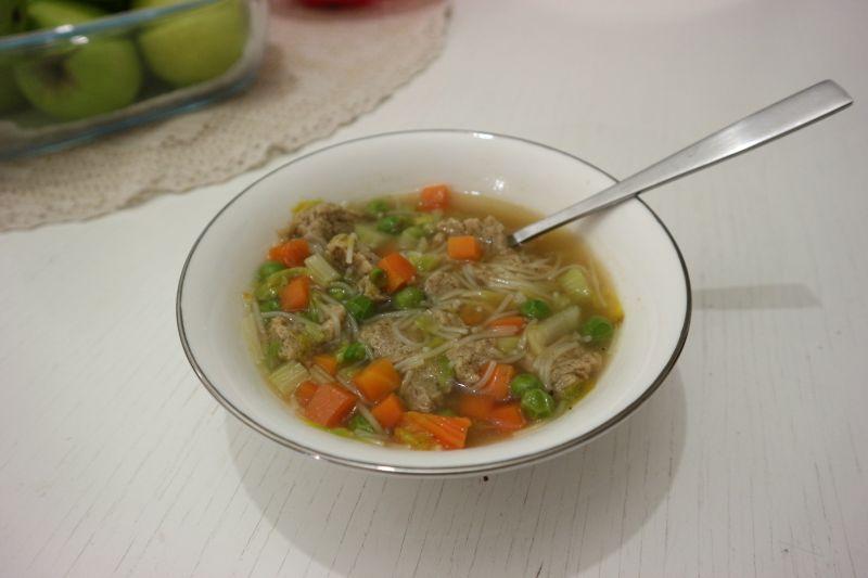 veganska pileca juha_naslovna