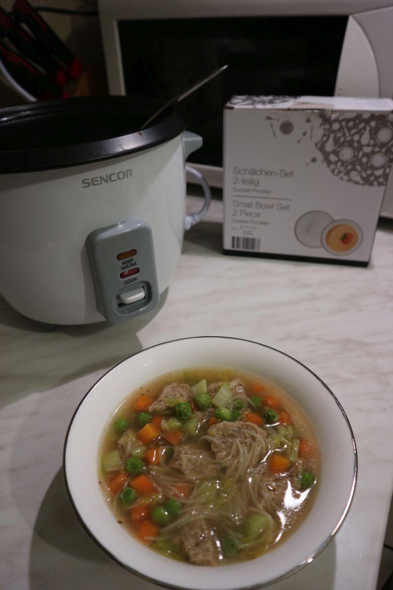 veganska pileca juha_posluženo