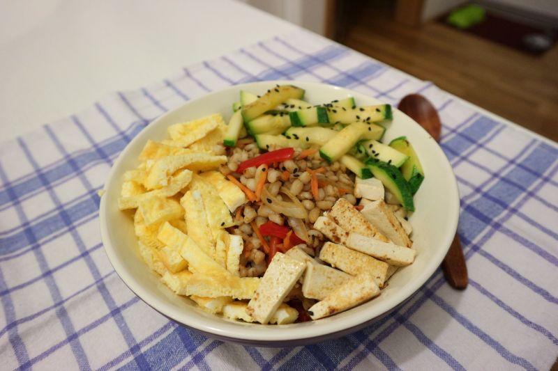 Mješoprž (stir-fry) sječmom