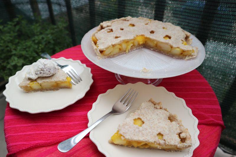 Tropska pita s jabukama_posluzeno2