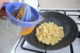 Tropska pita s jabukama_sok