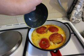 paradajz s jajima_jaja