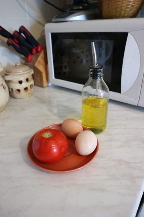paradajz s jajima_mep