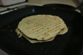 jednostavna quesadilla_okrenuta