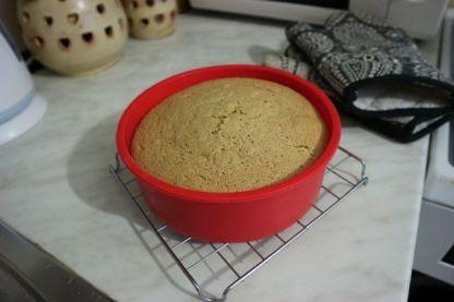 Torta matcha_pecena