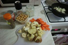 Kokos kari od slanutka_povrce