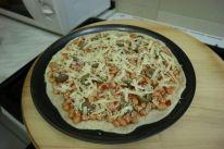 Pizza sa zapecenim grahom_sezam