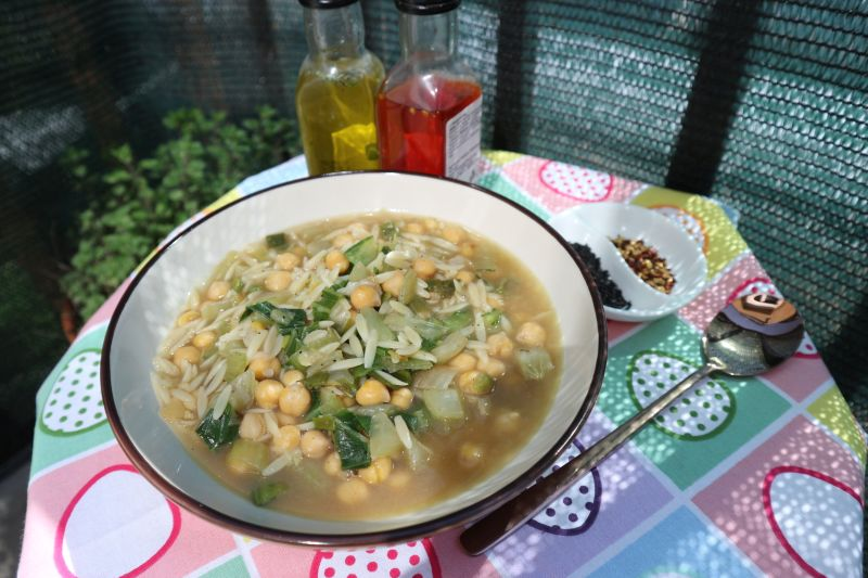 Zeleni minestrone_posluzeno