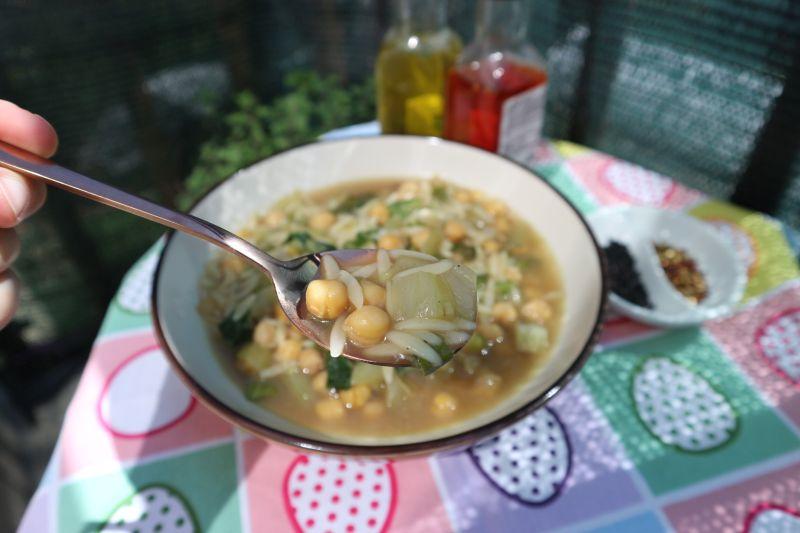 Zeleni minestrone_zalogaj