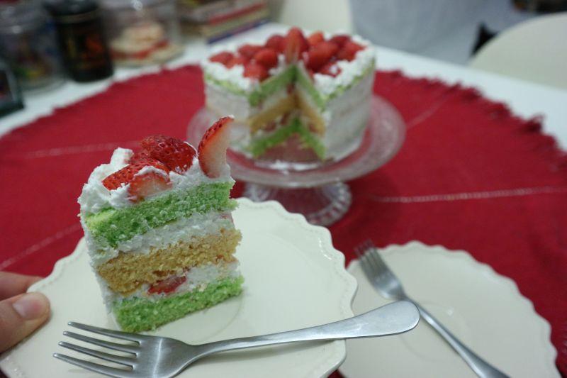 torta sir jagode_kriska