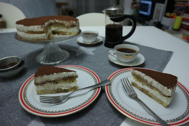 Tiramisu torta od skyra_posluzeno
