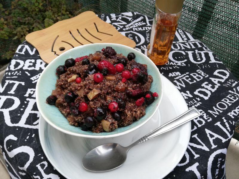 Čokoladni puding od kvinoje, sjabukama
